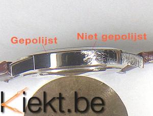 Voorbeeld krassen verwijderen uit een horloge. Voor en na het polijsten.