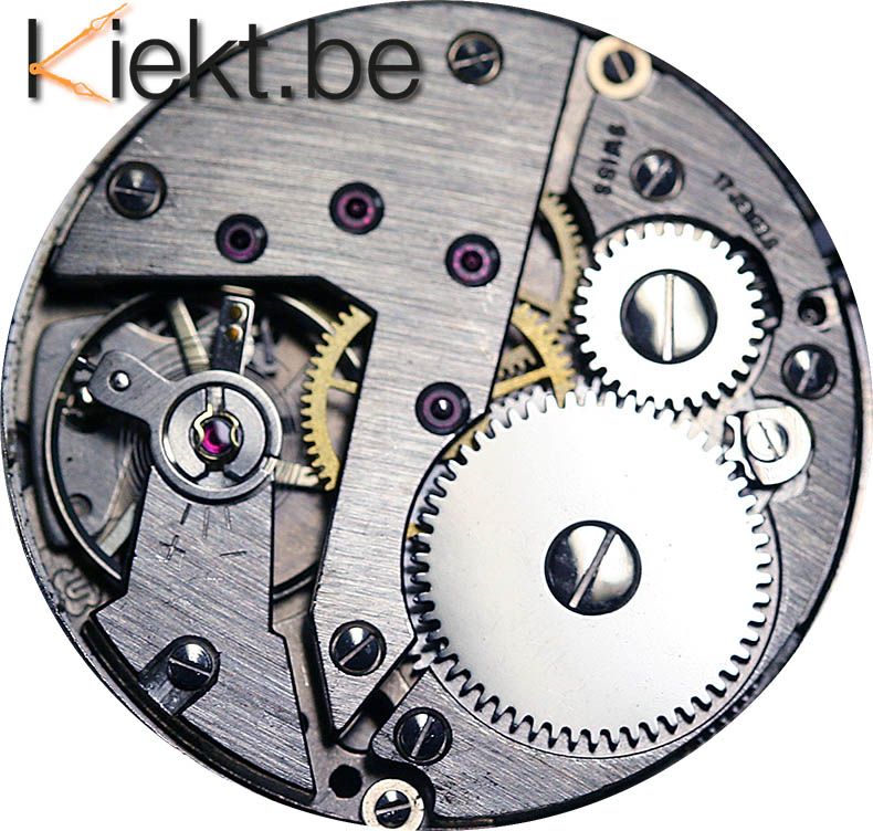 Mechanisch horloge binnenwerk om handmatig op te winden. Horlogemaker Turnhout